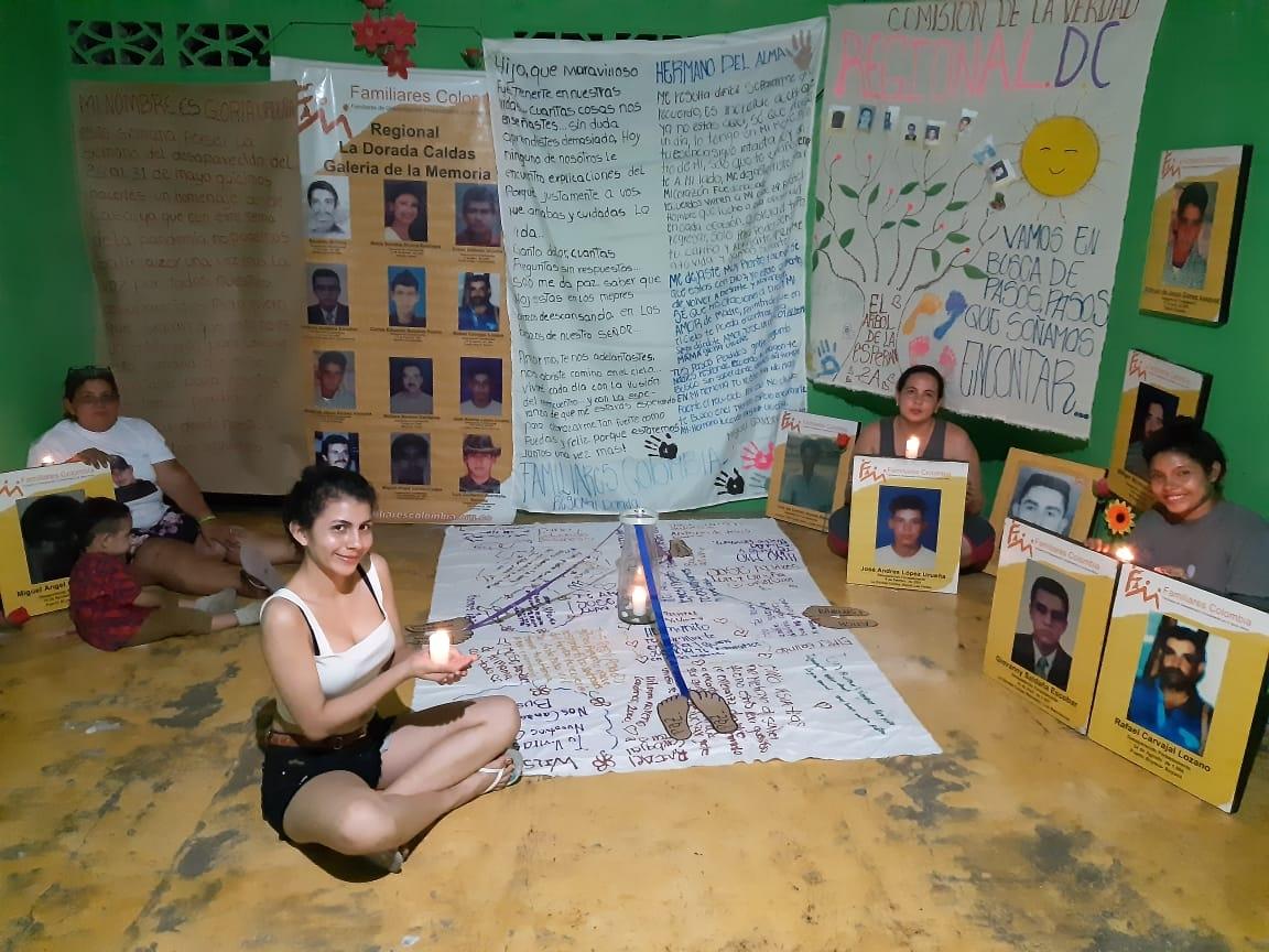 José Andres López Urueña fue desaparecido por las Autodefensas Campesinas del Magdalena Medio el 10 de febrero de 2001 en La Dorada Caldas.