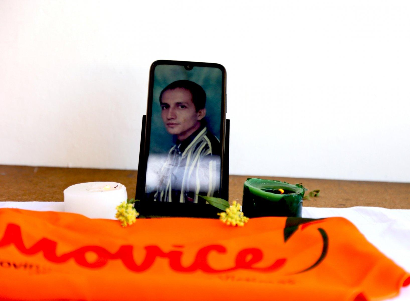 Ramiro de Jesús Parra: Desaparecido el 30 de Marzo de 1984 en Santander Edgar Valencia Chaverra: Desaparecido el 22 de diciembre de 2003 en Arauca